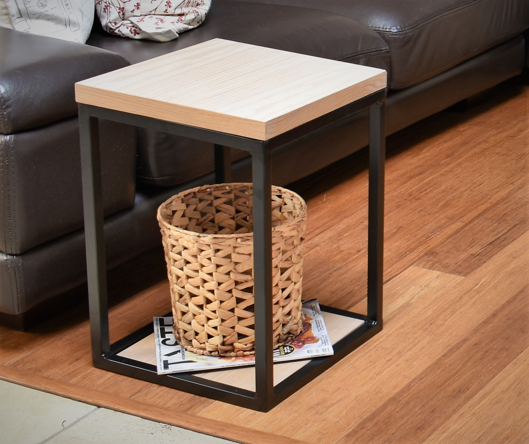 Side Table (Oyster)