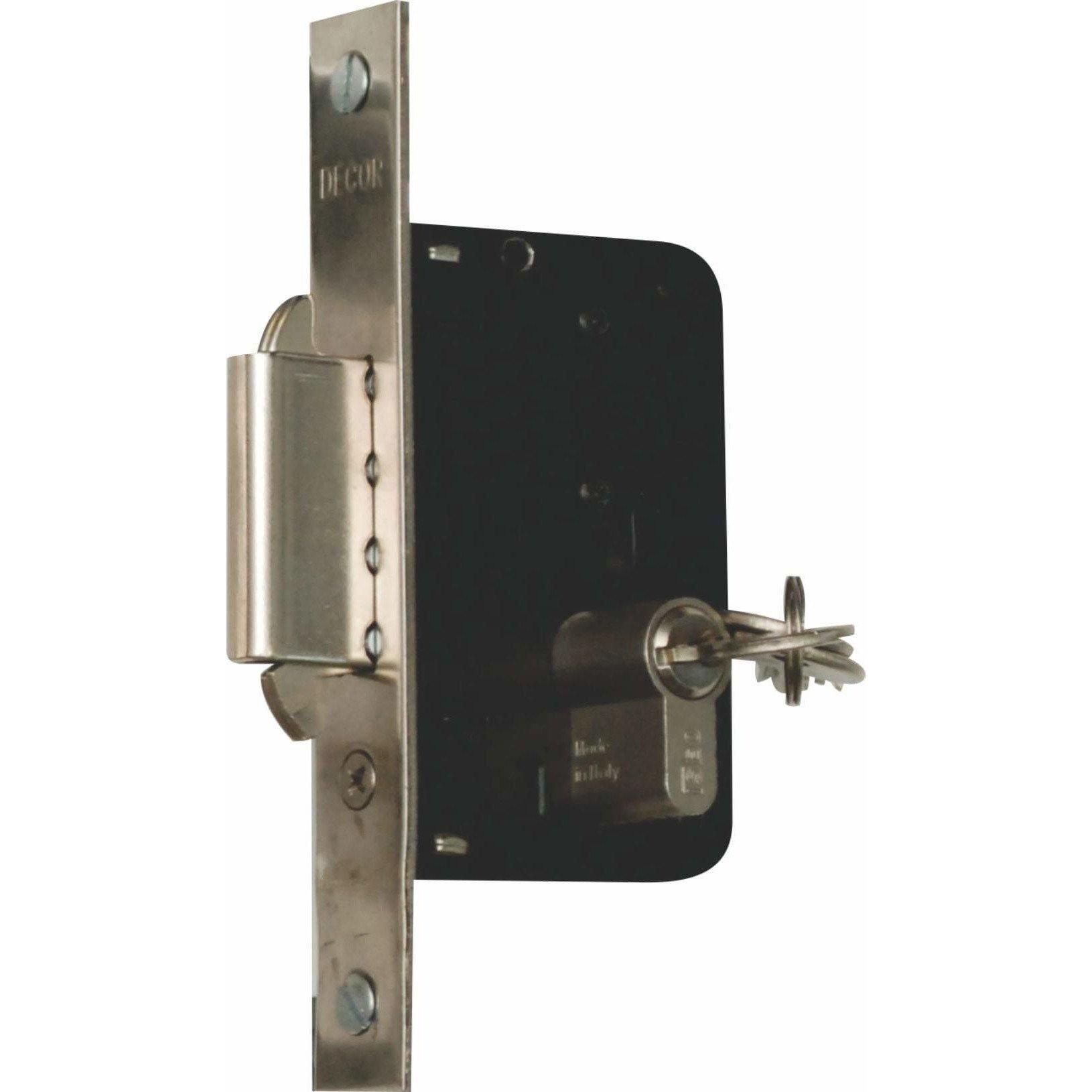 Double hook lock