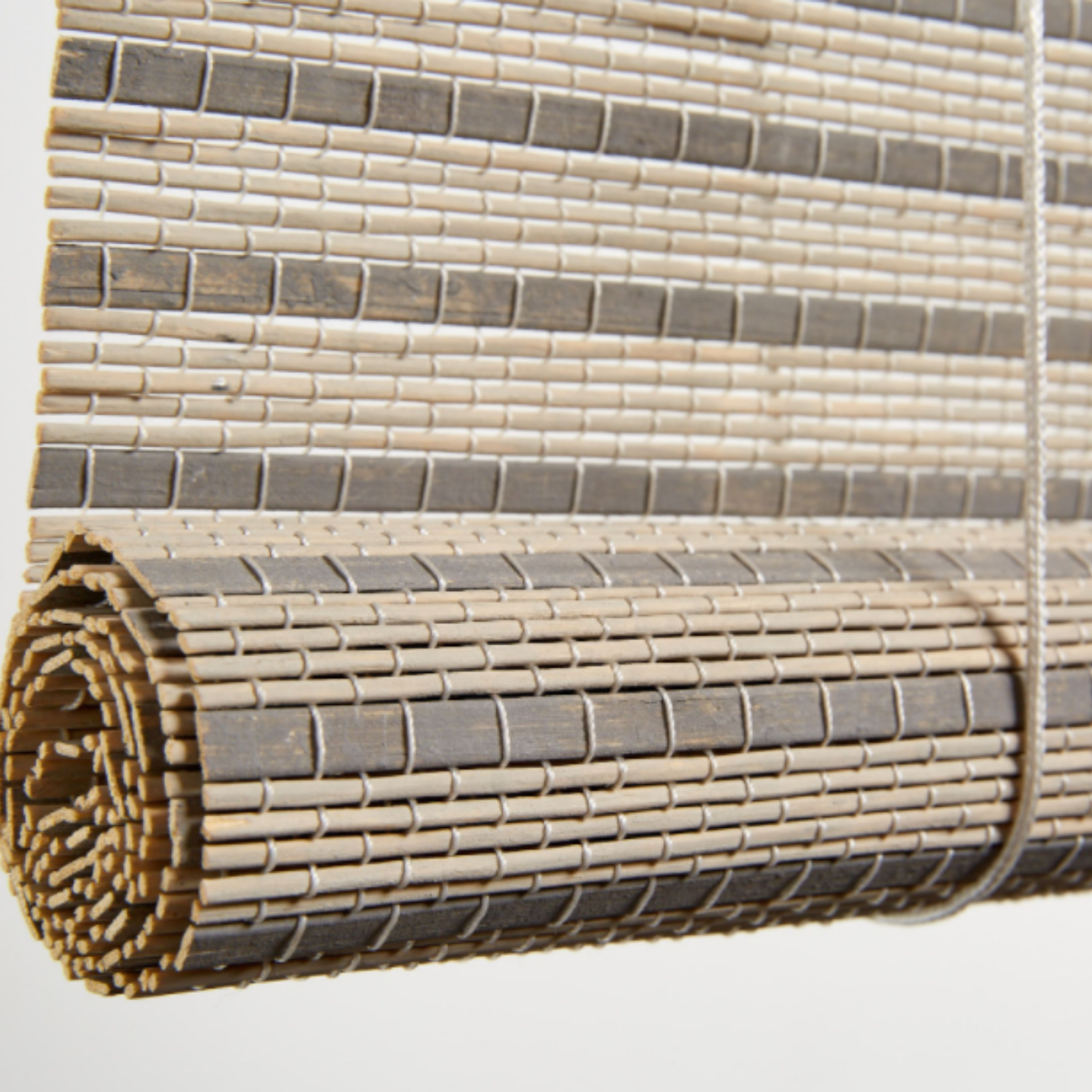 Bamboo Roll up Grey/white 2100 X 2200
