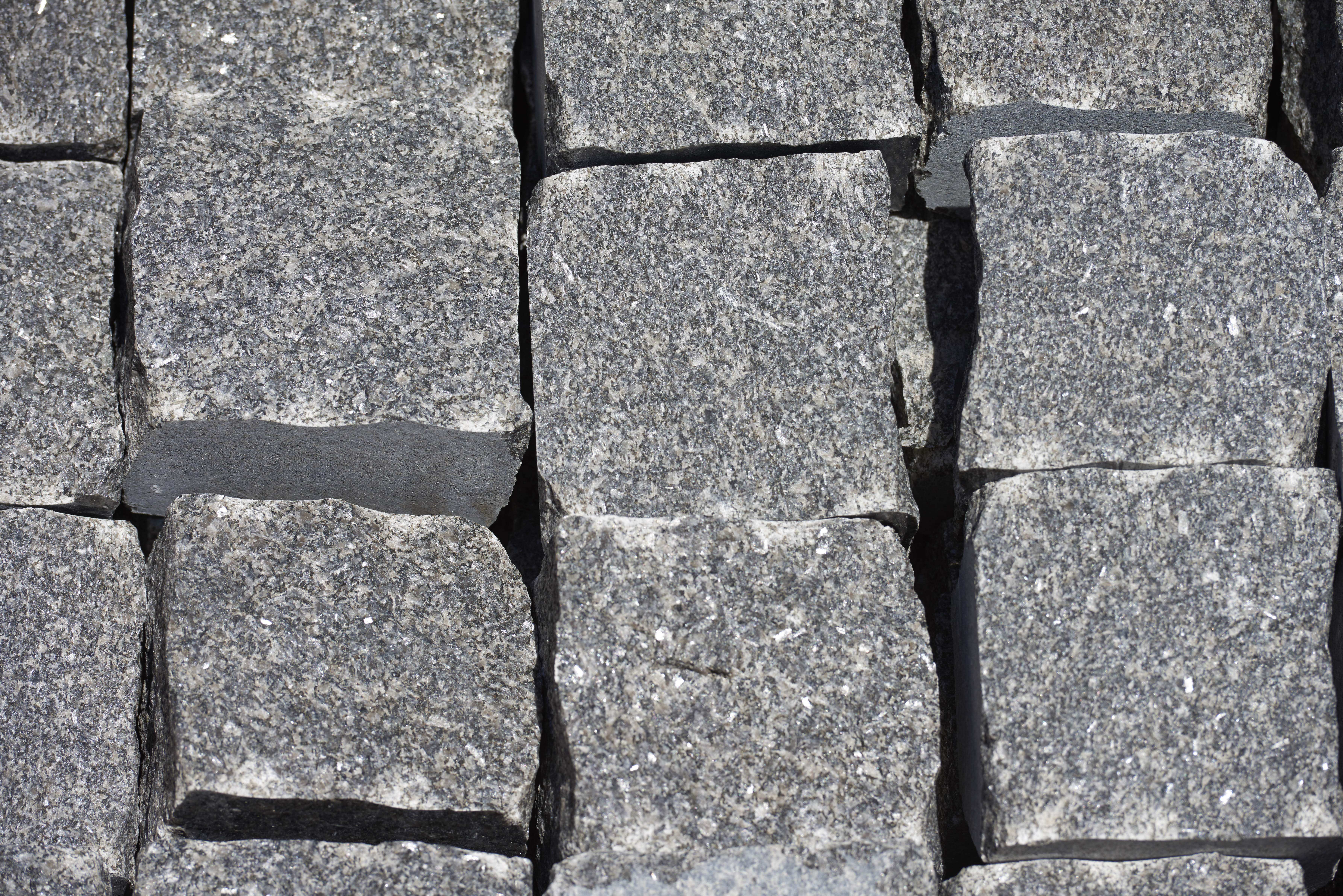 Granite Cobble Split Face - per PACK