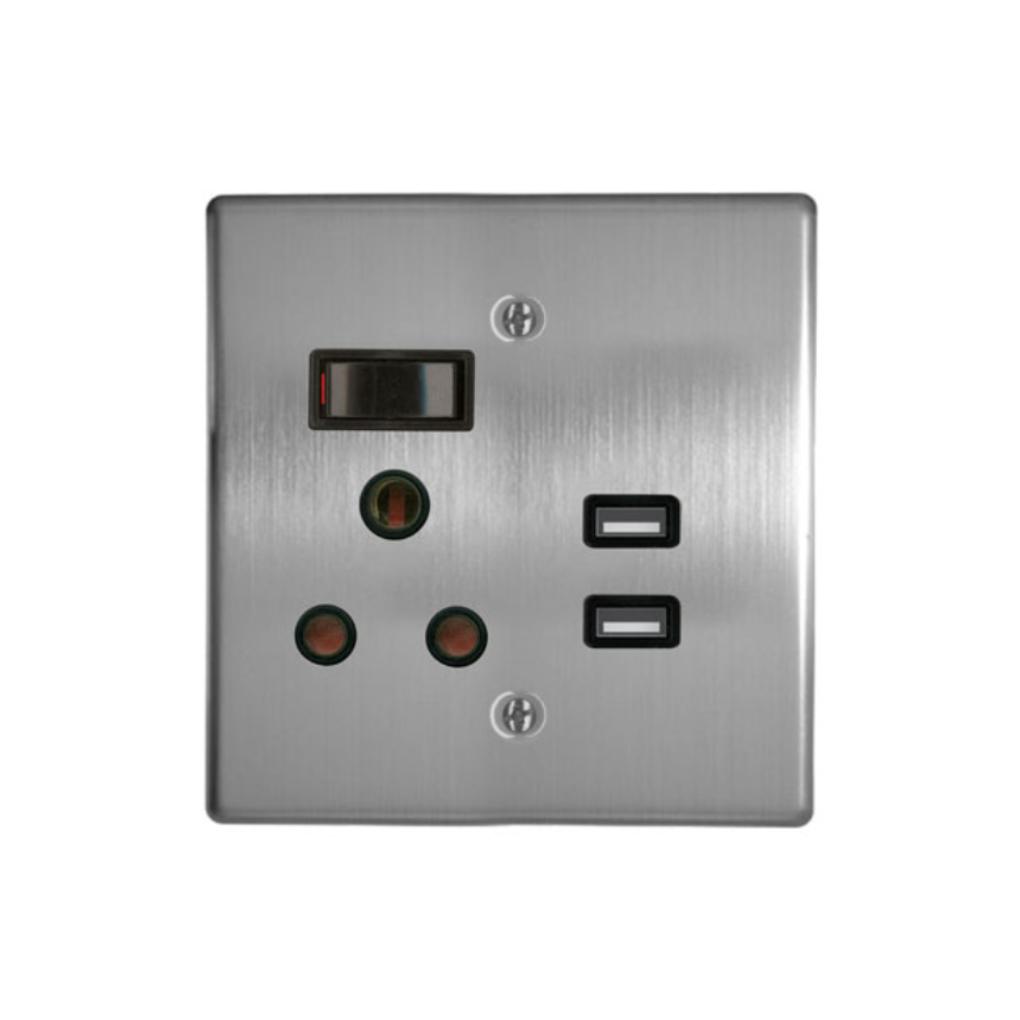 Classic Sockets - 4 x 4 1 x 16A Switched Socket + 2 USB - Silver